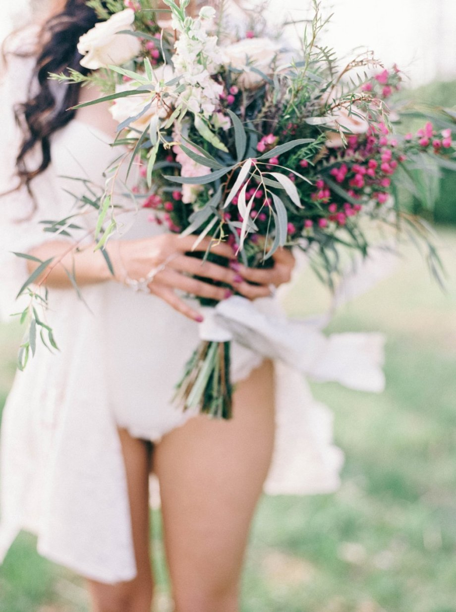 Amanda_Burnette_Richmond_wedding_florist_wedding_organic_flowers_bridal Portrait_Boudoir photo_0004.jpg