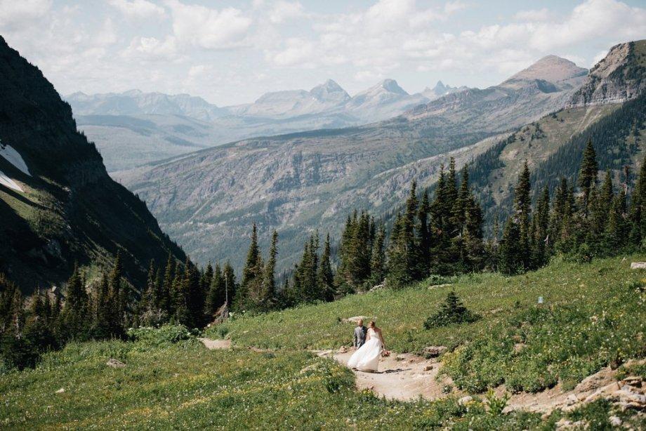 Destination Wedding Montana Amanda Burnette Katie Delorme Photography Glacier National Park Wedding Florist_0001.jpg